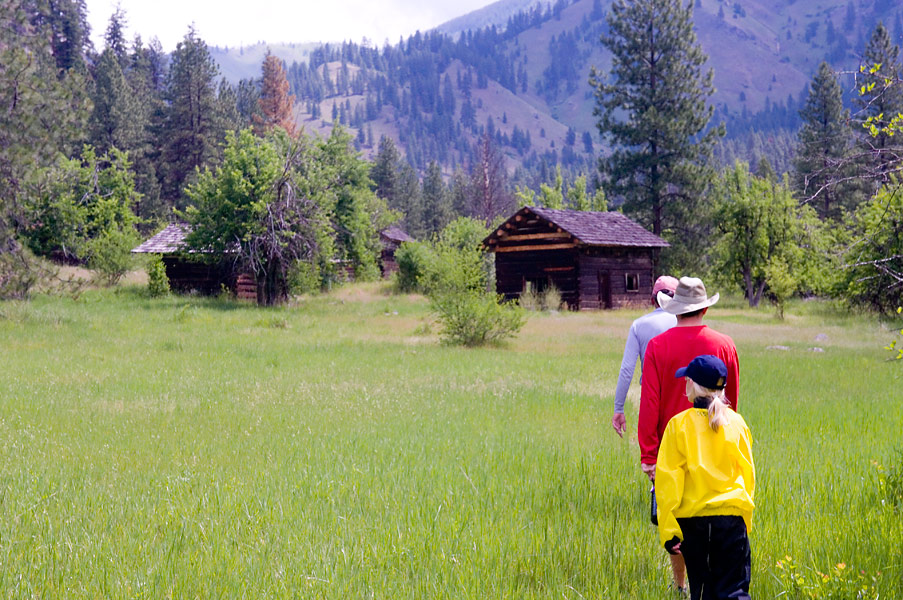 Best Main Salmon River Hikes: Jim Moore's Place